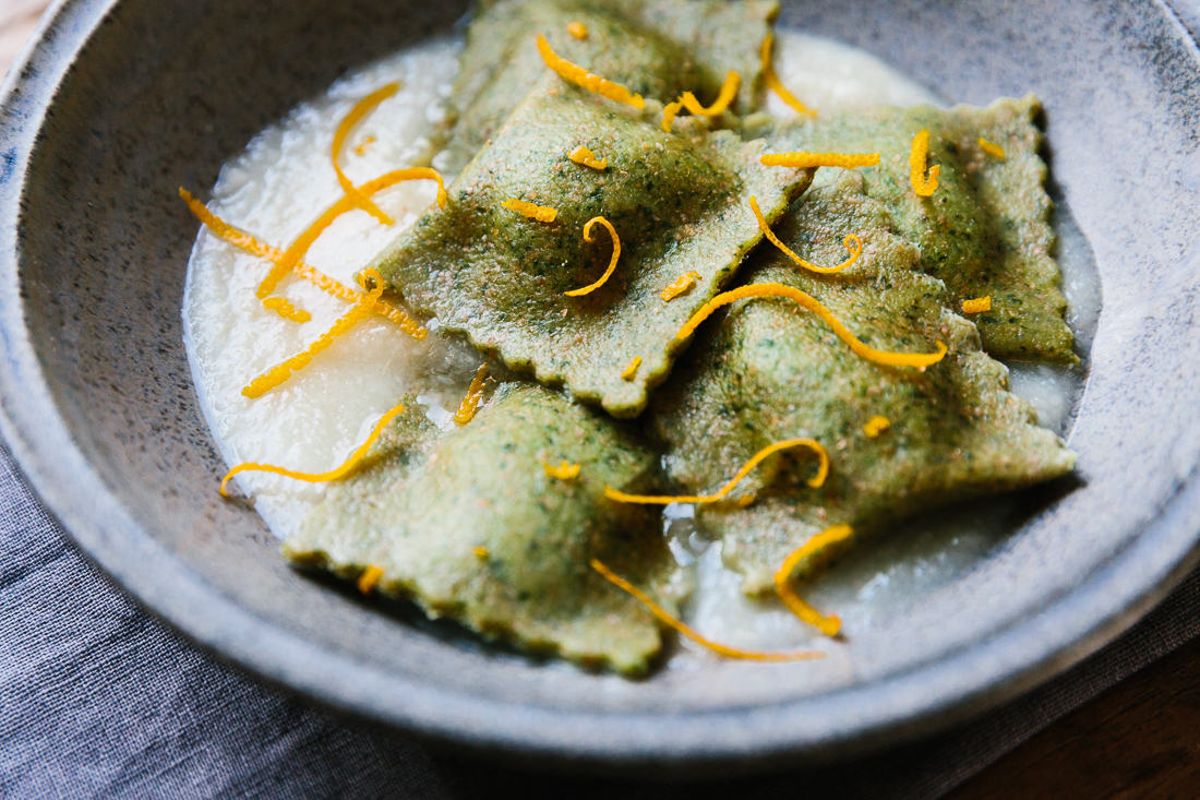 piroggi.com | Parsley ravioli with carrot-hazelnut-filling