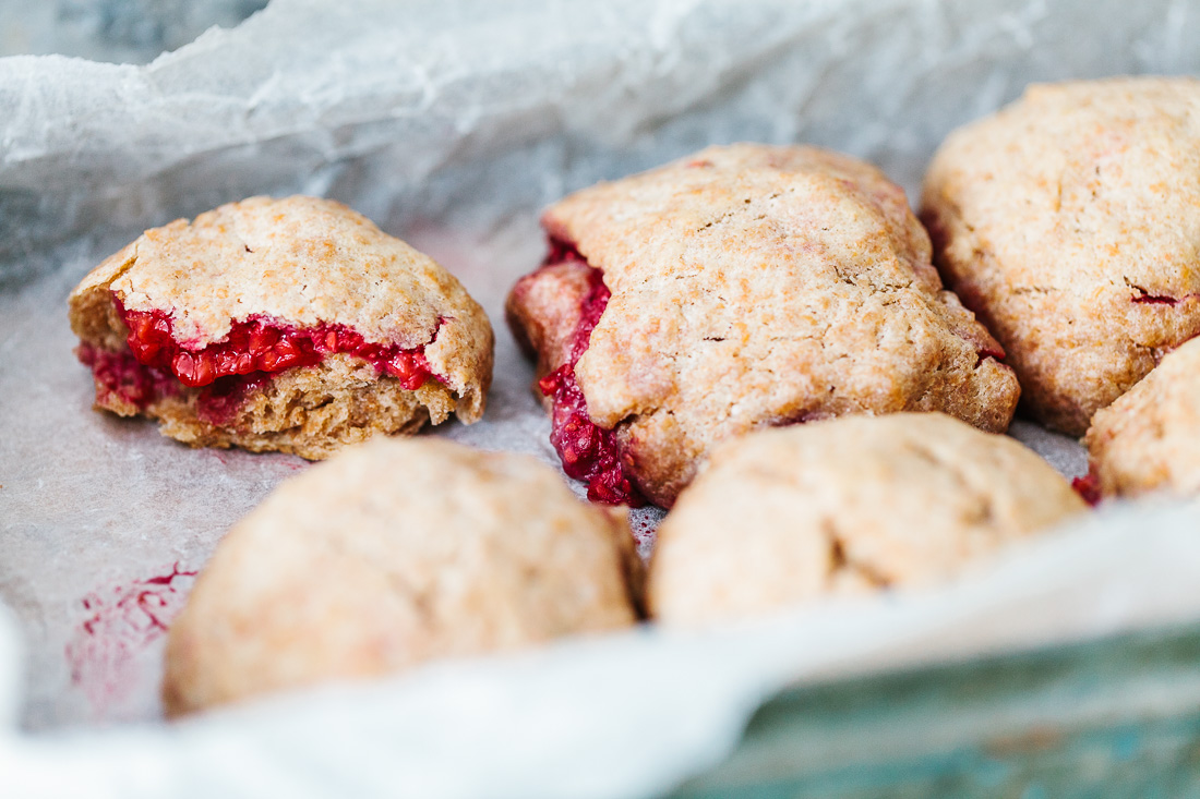 piroggi.com | Coconut milk Scones with Raspberries